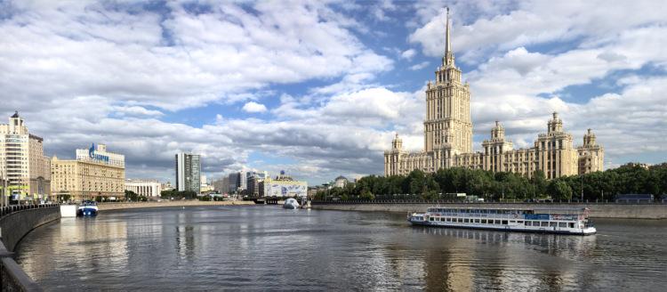 IMAGE: http://data4.gallery.ru/albums/gallery/180103--32809106-m750x740-u9d391.jpg