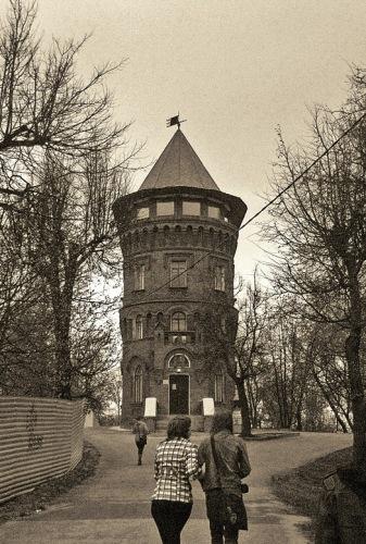 Владимир: Козлов вал, Водонапорная башня.