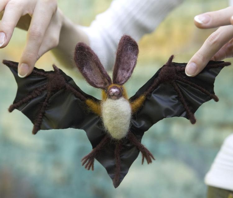 Летучия мышь своими руками