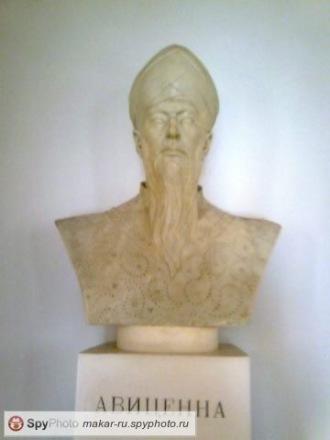 Скульптор Макар Хлебас - Москва